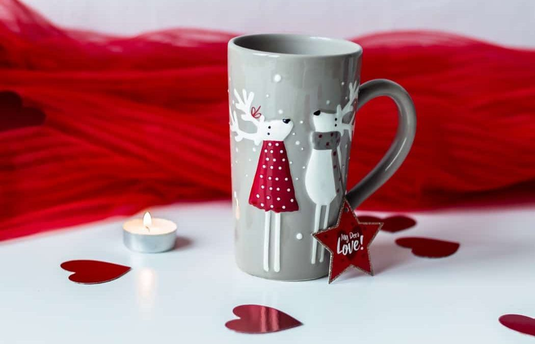 Anniversary Gifts For Couples; 20 Best Ideas In 2021