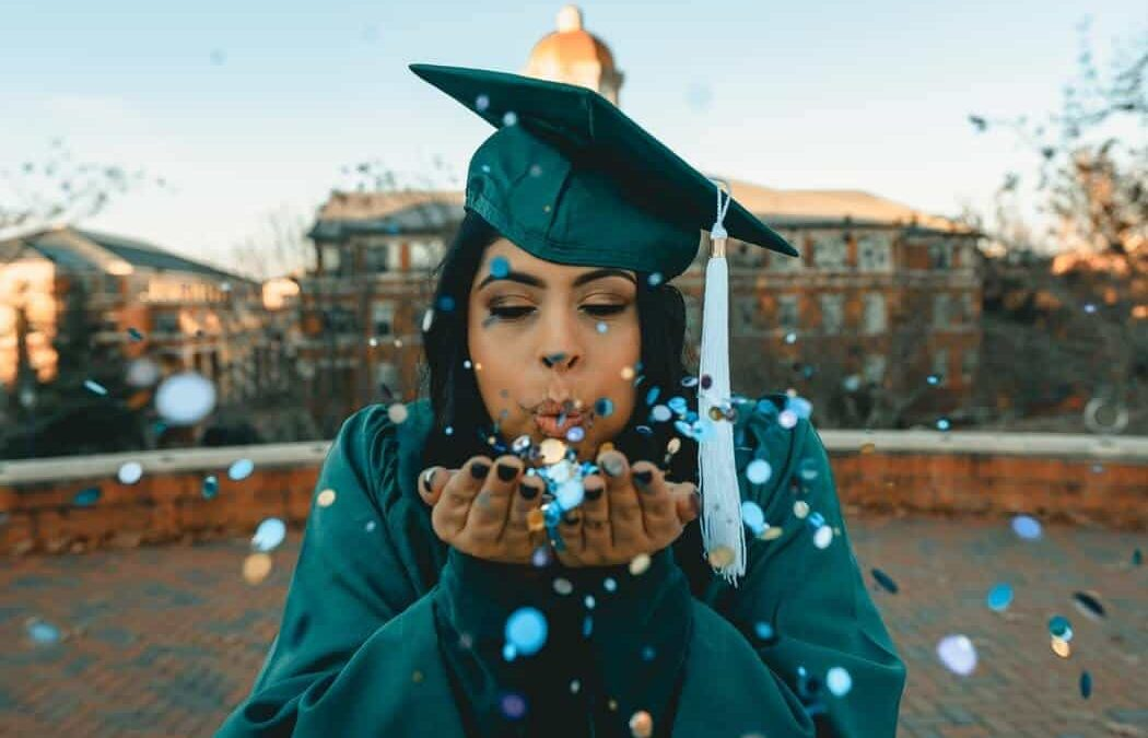 Graduation Gifts For Veterinarians; 25 Best Ideas For 2021